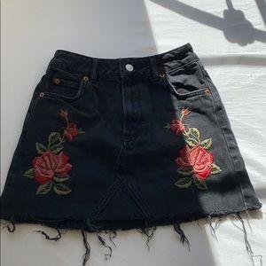 topshop moto mini skirt flower embroidery